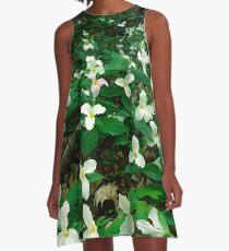 Trilliumwald A-Linien Kleid
