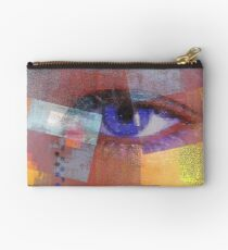 An eye for abstract Studio Pouch