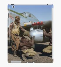 Edward C. Gleed and two other Tuskegee airman — Colorized  iPad Case/Skin