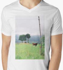 Rural life Men's V-Neck T-Shirt