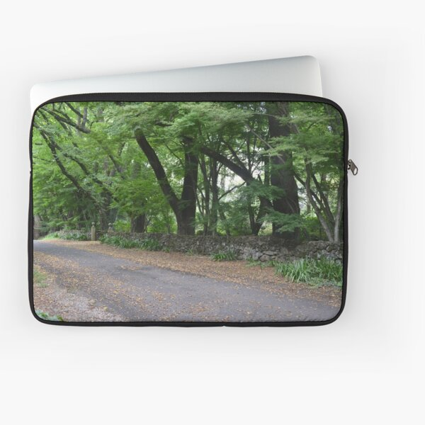 SEFTON HALL GATE ON CHURCH LANE. MT. WILSON. Laptop Sleeve