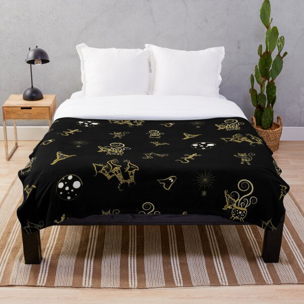 Halloween with black cats Throw Blanket