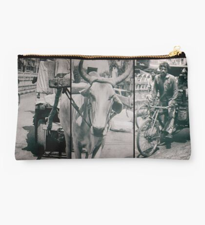 engines of india Studio Pouch
