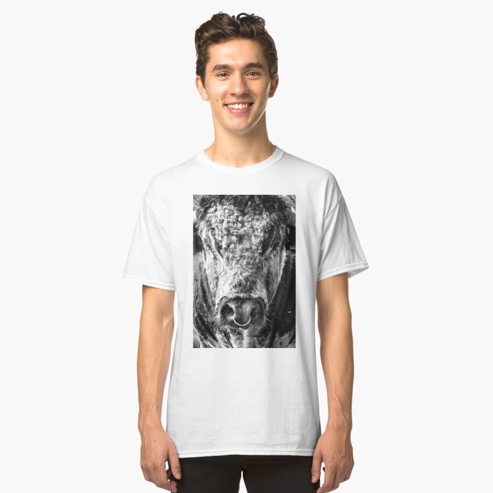 English Longhorn Bull Classic T-Shirt Front