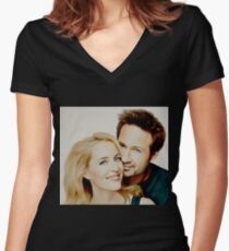 Gillian and David painting Women's Fitted V-Neck T-Shirt