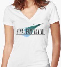 Camiseta entallada de cuello en V Final Fantasy VII