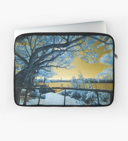 The Fig Tree and the Eleanor Schonell Bridge Laptop Sleeve