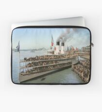 Sidewheeler Tashmoo leaving wharf in Detroit, ca 1901 Colorized Laptop Sleeve