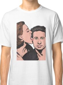 Mulder and Scully X Files Classic T-Shirt