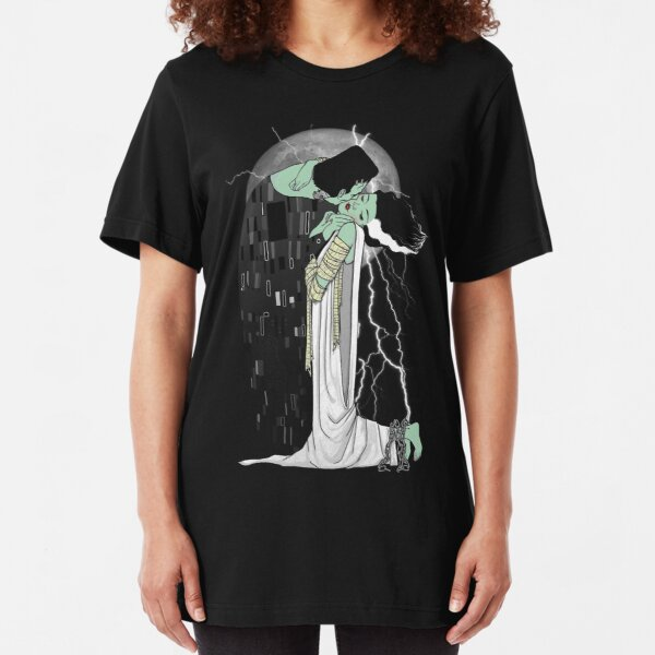 love beyond death Slim Fit T-Shirt