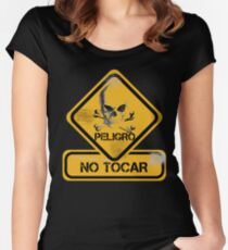 no tocar  Women's Fitted Scoop T-Shirt