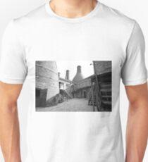 Gladstone Pottery Museum Stoke-on-Trent  Unisex T-Shirt