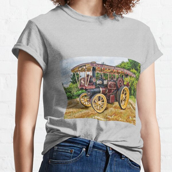 Aveling and Porter showmans tractor Classic T-Shirt