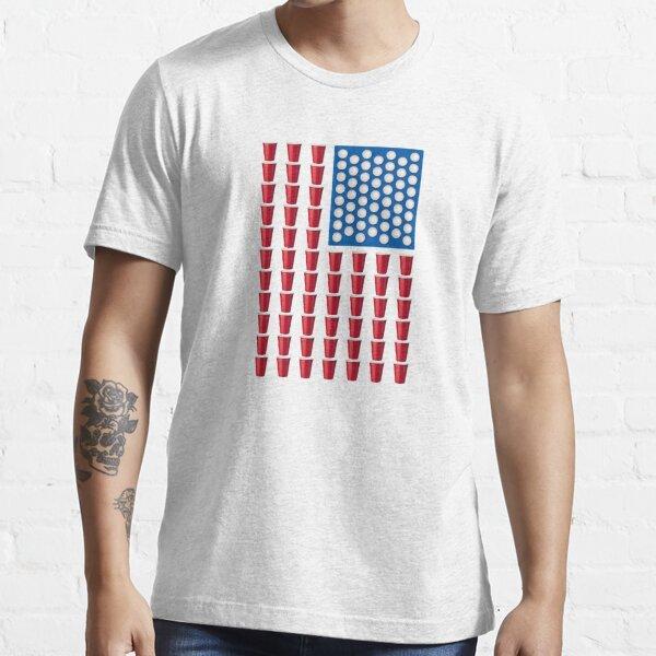 und zu Bier Pong. Rote Cup-Streifen und Ping-Pong-Ballstars machen dies zu einem großartigen Geschenk oder T-Shirt für Patrioten und Alkoholiker. Essential T-Shirt