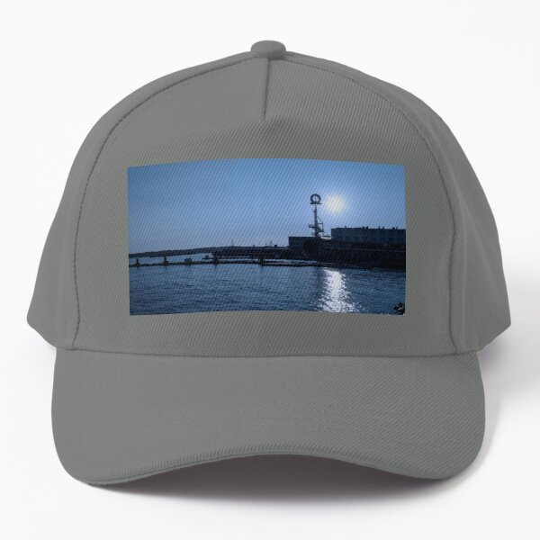 0052 Lonsdale Quay North Vancouver Canada Hotel Living Room Art Baseball Cap
