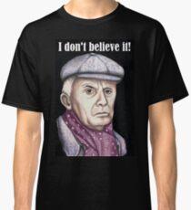 Richard Wilson plays Victor Meldrew Classic T-Shirt