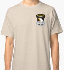 Camiseta clásica 101 insignia de acción de combate aerotransportado (CAB)