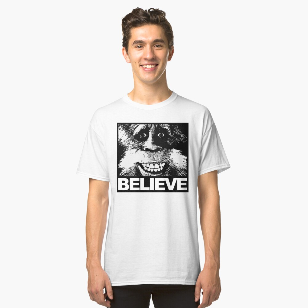 Glauben Sie an Bigfoot Classic T-Shirt