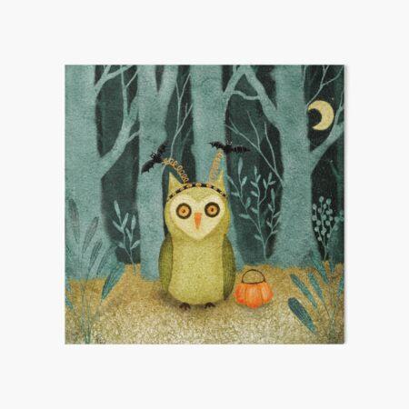 Boo! Owl Goes Trick-or-treating. Art Board Print