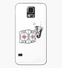 Claptrap and Companion Cube (Black with pink hearts) Case/Skin for Samsung Galaxy