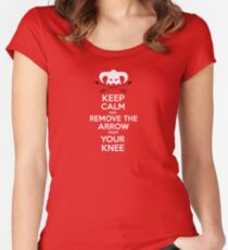 Keep calm and remove the arrow from your knee Women's Fitted Scoop T-Shirt