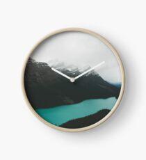 peyto lake Clock