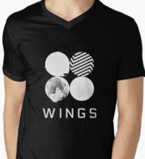 BTS Wings Logo (Schwarz) T-Shirt mit V-Ausschnitt für Männer