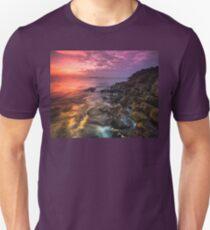 Giant's Causeway  Co Antrim  Northern Ireland T-Shirt