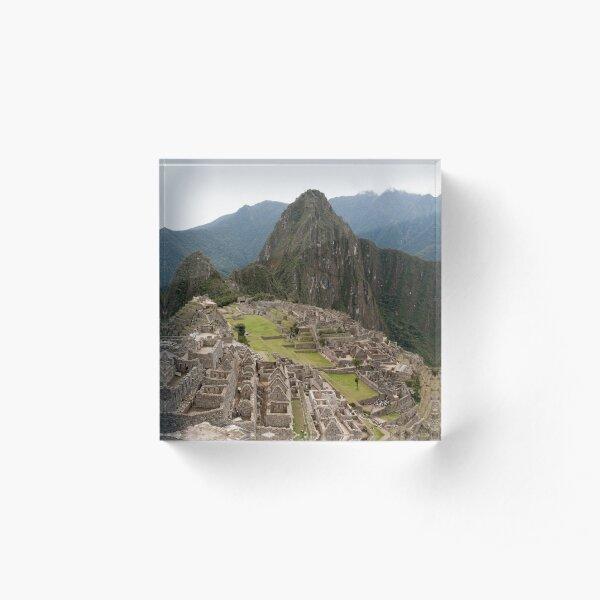 Calendar Machu 09 Acrylic Block