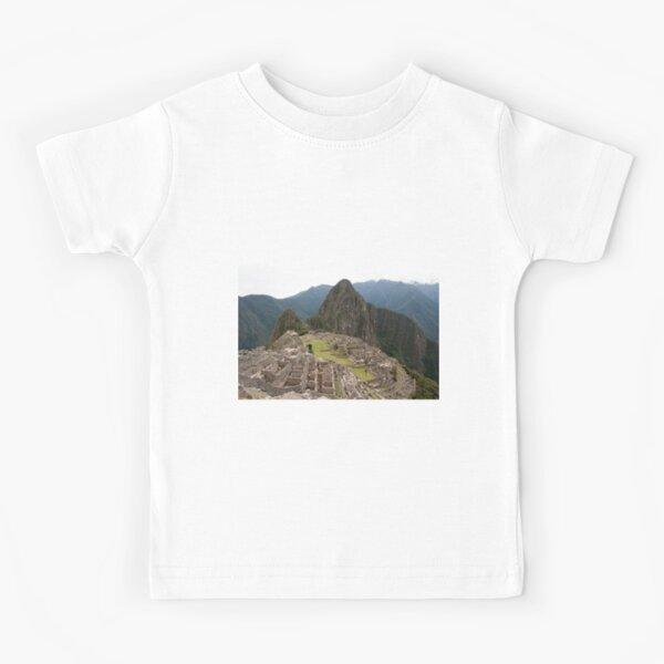 Calendar Machu 09 Kids T-Shirt