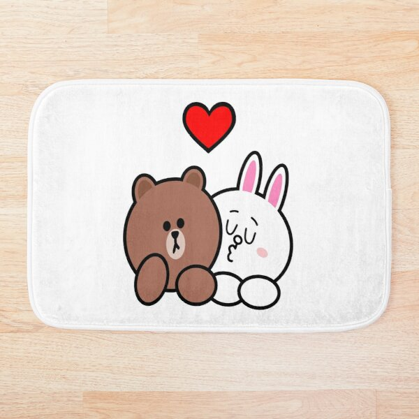 Brown bear and Cony in love Bath Mat