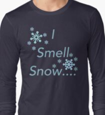 I Smell Snow Long Sleeve T-Shirt