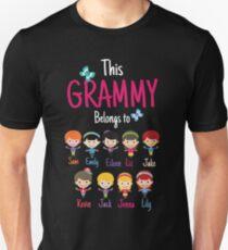 This Grammy belongs to Sam Emily Eileen Liz Jake Kevin Jack Jenna Lily T-Shirt