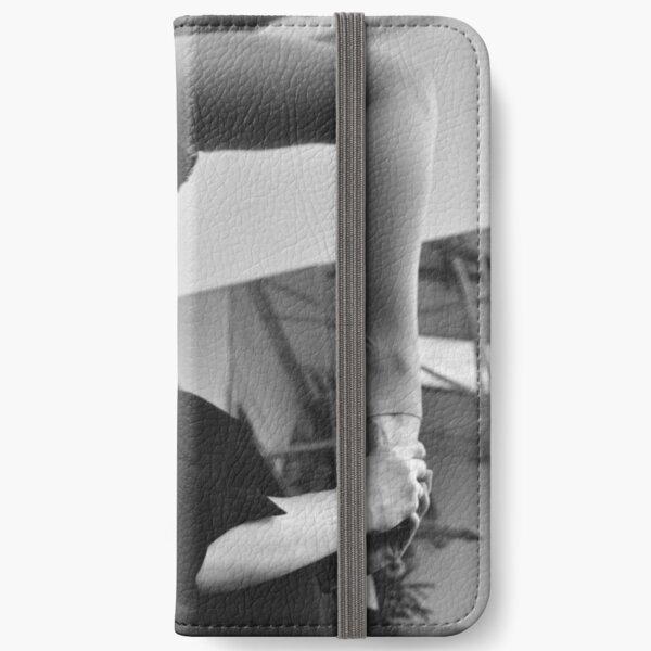 GABY. [15/48] iPhone Wallet