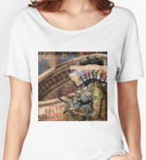 Divination  Women's Relaxed Fit T-Shirt