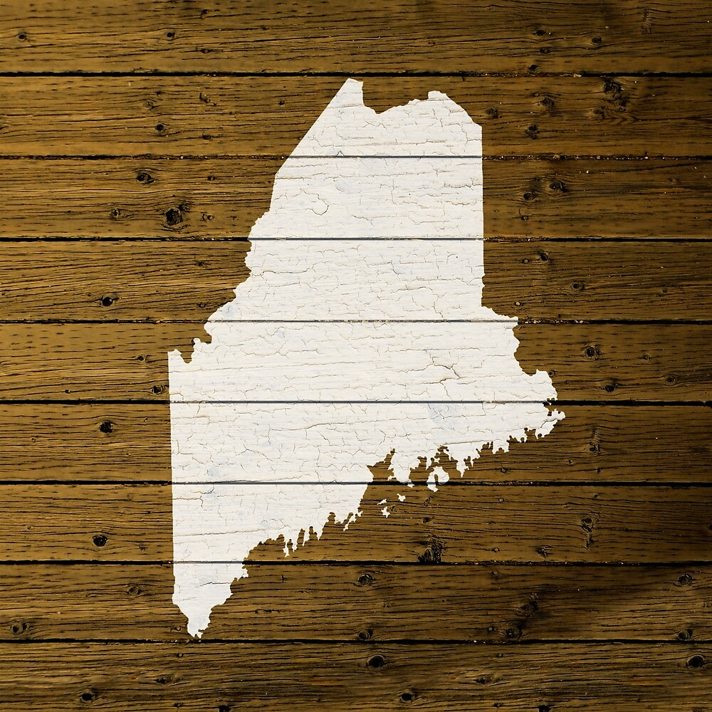 Map Of Maine State Outline White Distressed Paint On Reclaimed Wood Planks. - Map Of Maine State Outline White Distressed Paint On Reclaimed