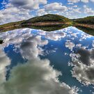 «Dam Sydney - Reflejo del espejo - Panorama» de Bryan Freeman