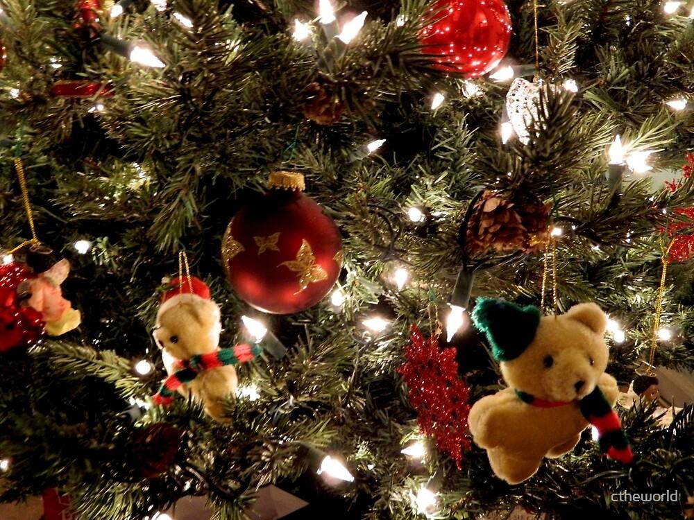 Christmas Tree   ^ by ctheworld