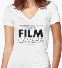 """""""Everything looks better through my film camera"""" Women's Fitted V-Neck T-Shirt"""