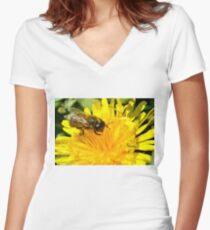 Bee-licious Women's Fitted V-Neck T-Shirt
