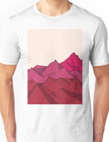 The falling snow and the mountains Unisex T-Shirt