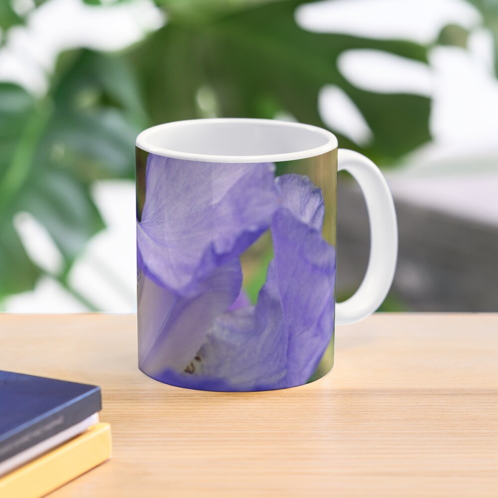 Inside the Iris Mug