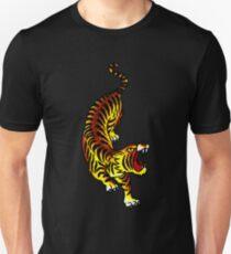 Camiseta ajustada Diseño tradicional del tatuaje del tigre