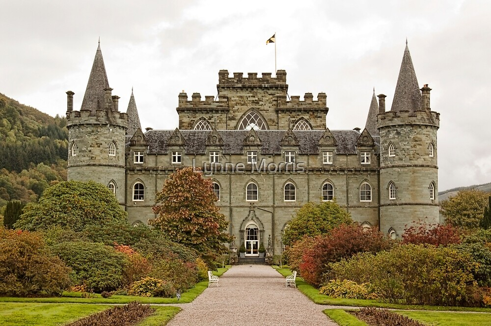 Inveraray Castle by Lynne Morris