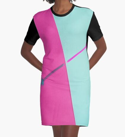 Magenta vs Cyan T-Shirt Kleid