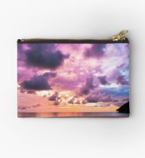 Epic sunset Studio Pouch