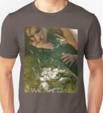 WE ARE ONE (Lady and the Crocodile Close Up) T-Shirt