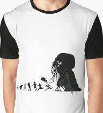 Lovecrafts Evolution Grafik T-Shirt