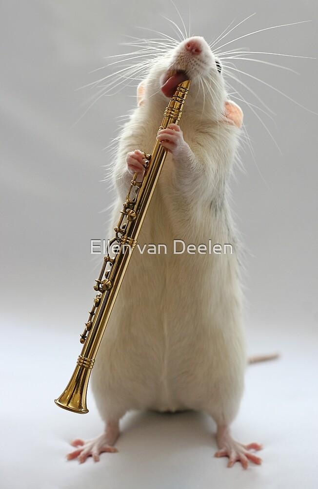 My Clarinet. by Ellen van Deelen