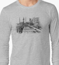 Old Refinery Industry Vintage Style T-Shirt T-Shirt